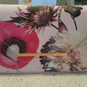 Adorable Ted Baker Floral Pink crossbody purse